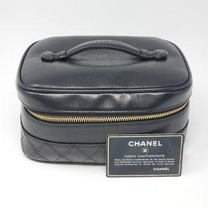 💯 Auth CHANEL Cosmetic / Vanity Bag